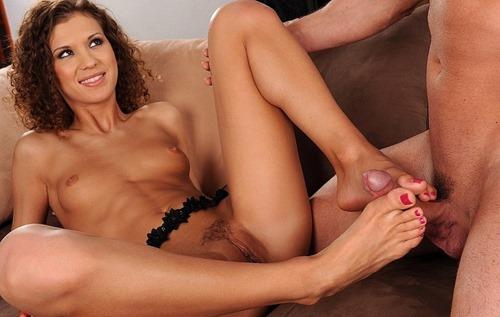 juliette-shyn-rubbing-a-cock